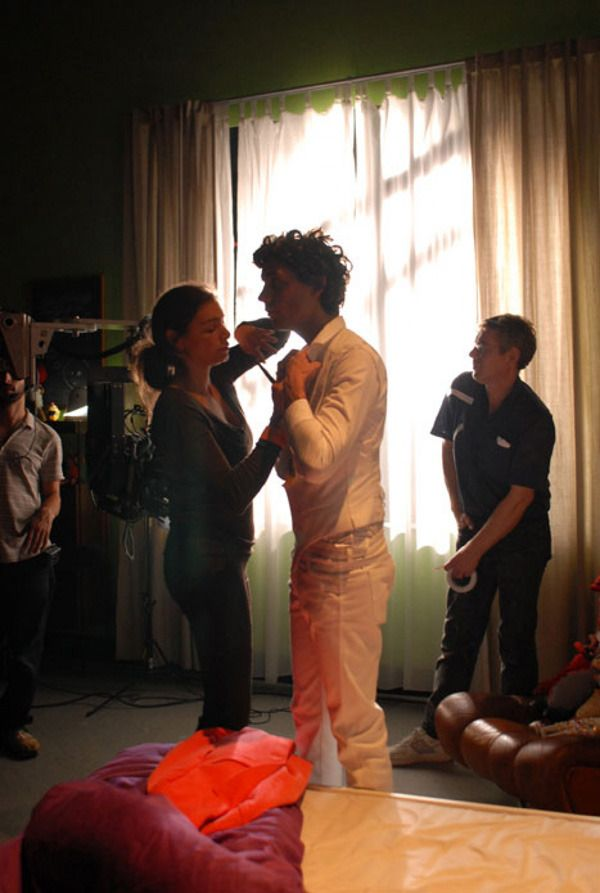 Mika behind the scenes video : making of Happy Ending : 2007