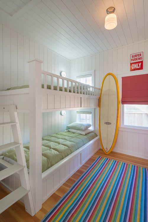 Blog Sobre Decoração, Arquitetura, Artesanato, Paisagismo. Small Beach  CottagesBeach HousesTiny HousesBungalow BedroomBeach ...