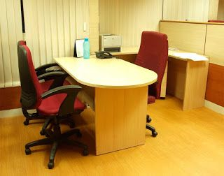Info Directory B2B – Providing info on Office Table, Office Desk Manufacturers, Suppliers, Wholesalers, Dealers and Exporters, Office Table and Desk Manufacturer;  Modern Office Tables Price