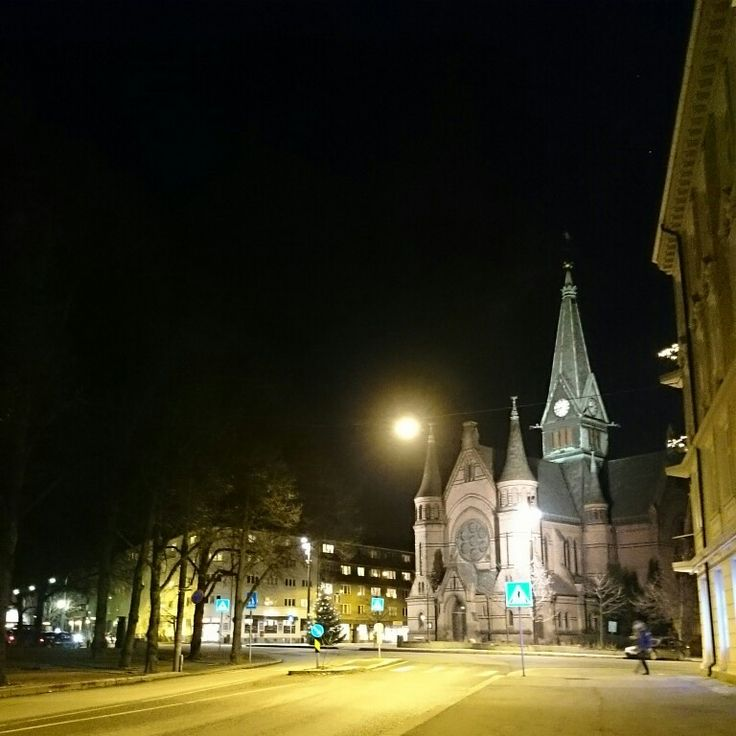 Sagene kirke by night