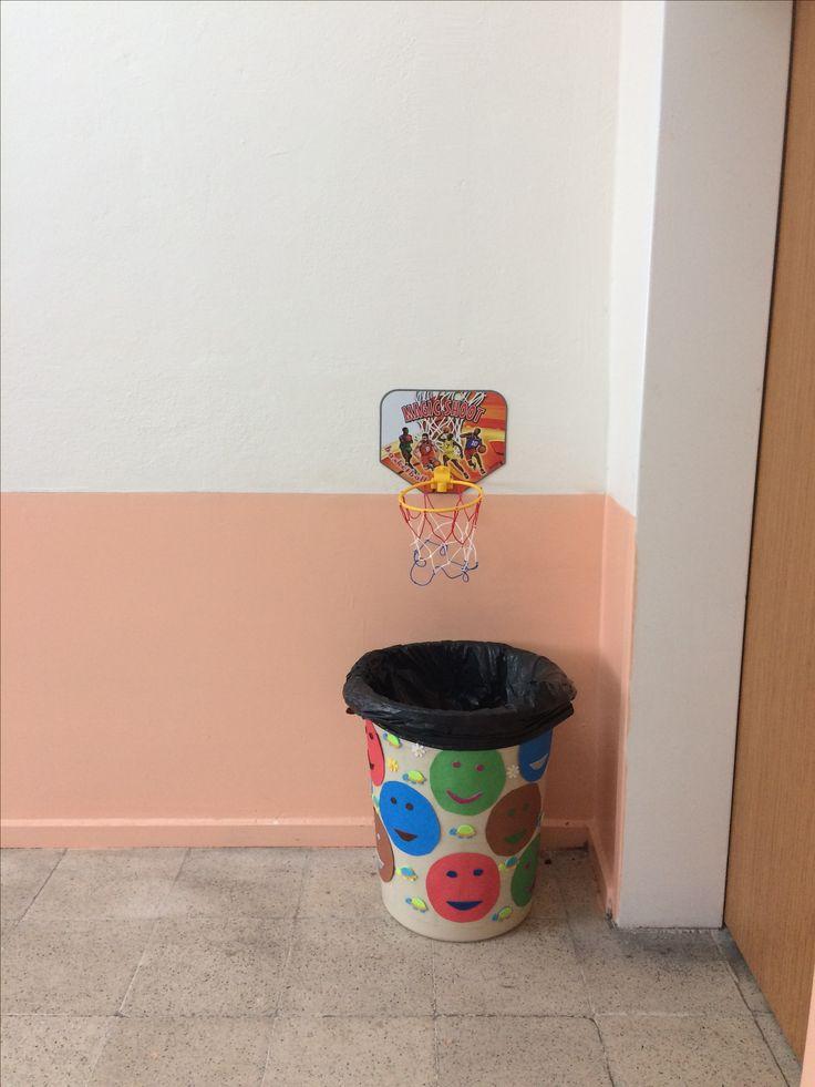 Sınıfımızın çöp basketi