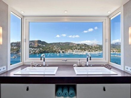 Unique luxury Spanish Villa Boasting Exceptional Views | Tanusha