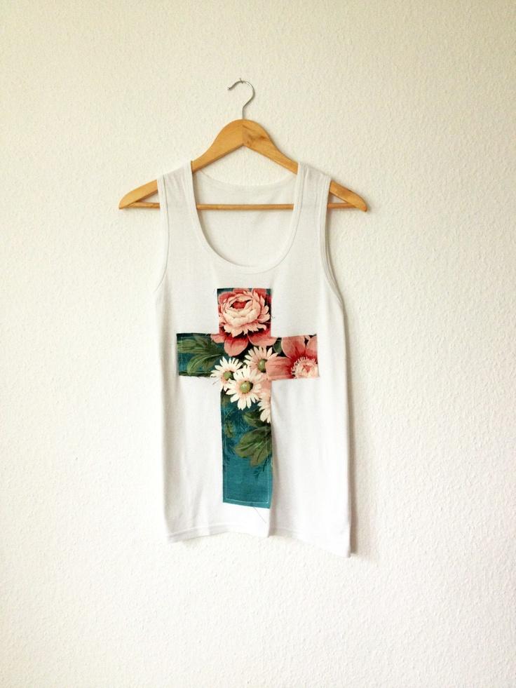 Flower cross tshirt