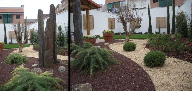 El detalle de esta inmaculada superficie, realza las plantas y escultura, elegidas con el mismo cuidado. Se mantendrán en un tamaño manejable en este jardín perfilado. Por Juan Casla Paisajismo.