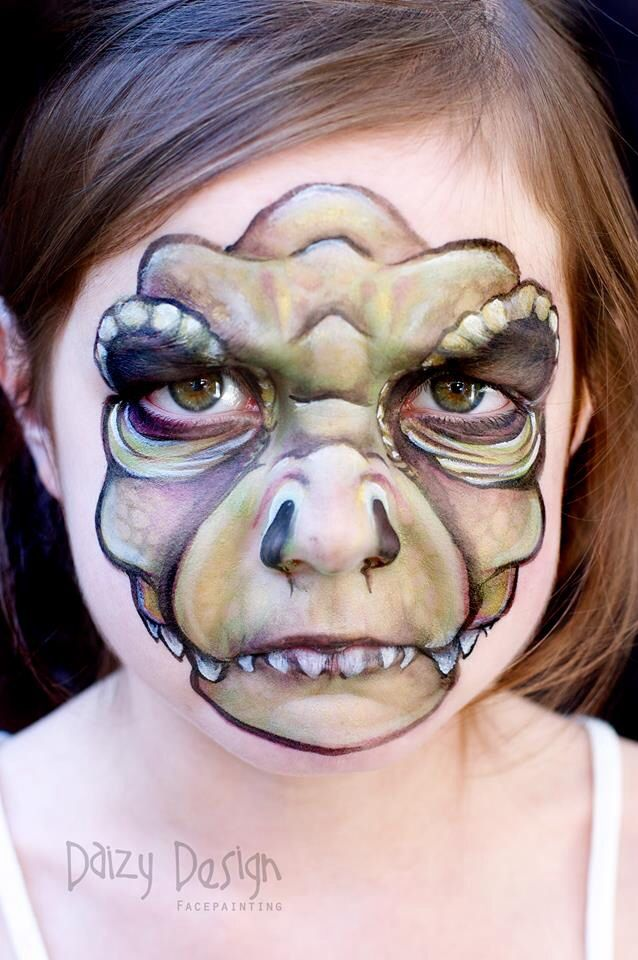 Daizy design face painting nz Love her work