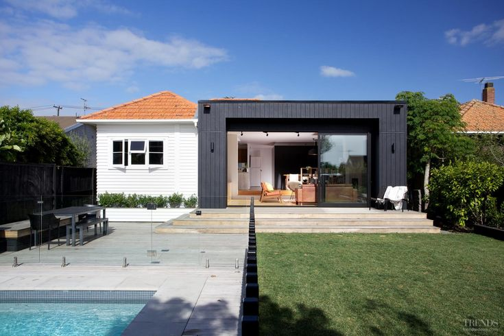 Best 25 mobile home addition ideas on pinterest - Modern weatherboard home designs ...