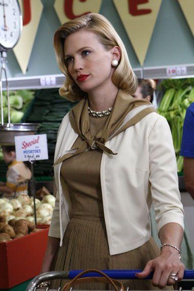 Betty Draper looking fabulous at the Market