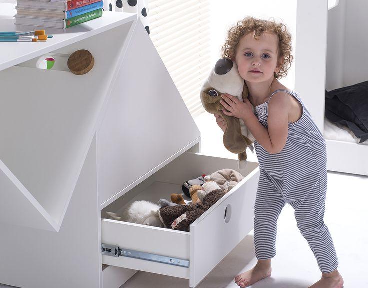 white furniture for kids