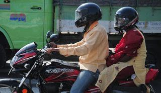 helmets mandatory for pillion riders, helmets mandatory for pillion riders bangalore, helmets mandatory for pillion riders karnataka, helmets mandatory, helmets compulsory