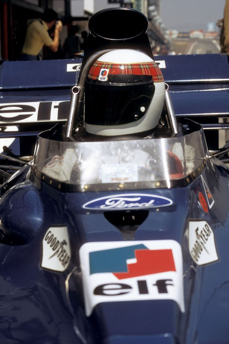 "Photo ""Jackie Stewart au Grand Prix d'Espagne en 1972""                                                                                                                                                      Plus"