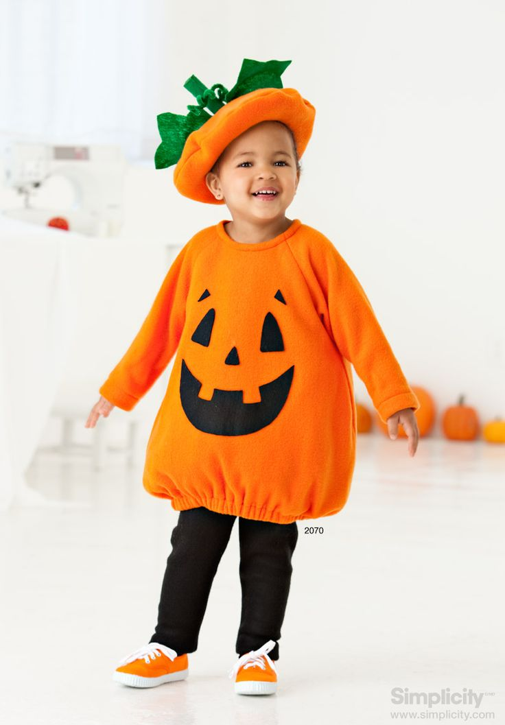 #Halloween pumpkin costume for your toddler - ideal for beginners! #LearnToSew #SimplicityPatterns