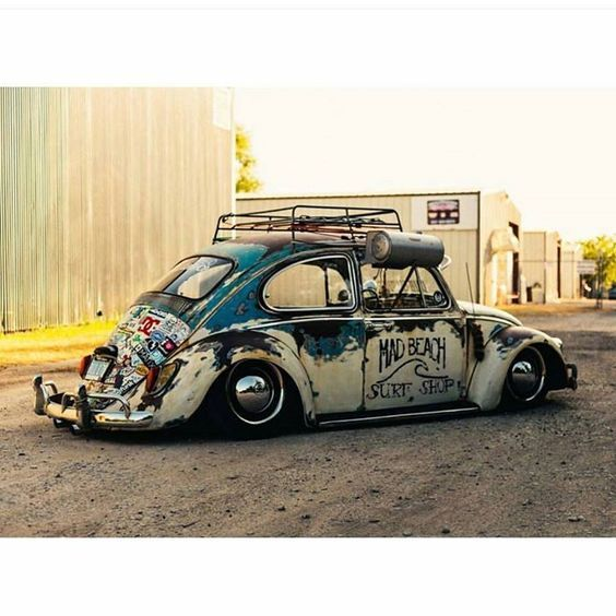 "malautomat:   "" MAD BEACH - SURF SHOP "" BUG - Detroit Old Volks."