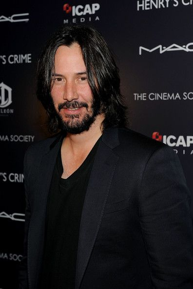"Keanu Reeves Photos - The Cinema Society With DeLeon Tequila And Moving Pictures Film & Television Host A Screening Of ""Henry's Crime"" - Arrivals - Zimbio"