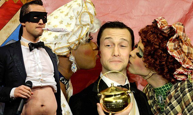 Joseph Gordon-Levitt drops his trousers during Hasty Pudding induction
