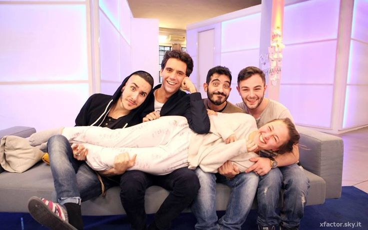 Mika with finalists of XF8 (Madh, Mario, Lorenzo and Ilaria)