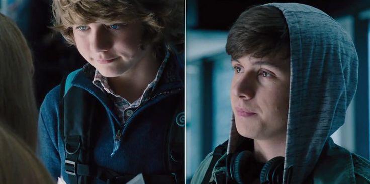 Jurassic World (2015) - Trailer Still Zack (Nick Robinson) and Gray (Ty Simpkins)