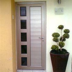 Las 25 mejores ideas sobre puertas de aluminio en for Puertas de herreria para entrada principal