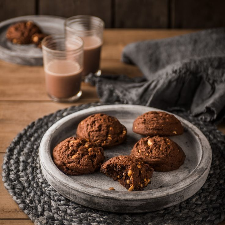 What do you get when you cross a brownie and cookie...a Brookie! Try this delicious fudgy combination of Haigh's Dark Pastilles and peanut butter creating these delicious Brookies.