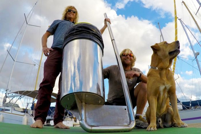 in 2015, Seabin founders Pete Ceglinski and Andrew Turton became  frustrated at the amount of rubbish floating around in the ocean,and designed an automated rubbish bin with an electric pump for marina docks that many hope could help reduce ocean pollution.