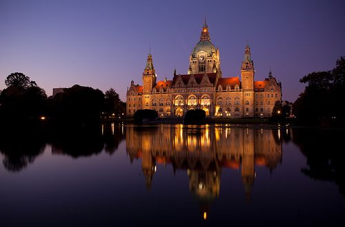Neues Rathaus Hannover in Evening