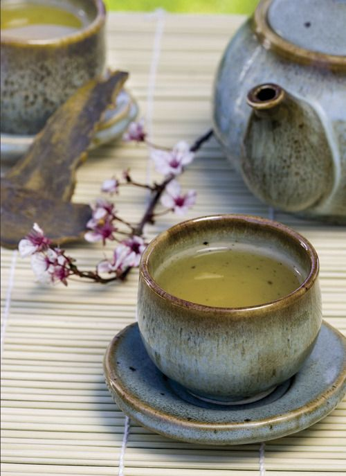 Japanese green tea... no link, just a nice picture and a reminder to myself to drink this lovely health boosting tea