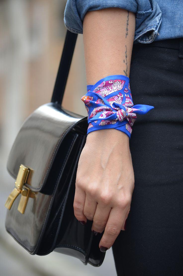 {Bracelet} Recycler vos vielles écharpes, foulards et bandanas en bracelet à nouer. Convient à toute les saisons, il faut juste changer de motifs.