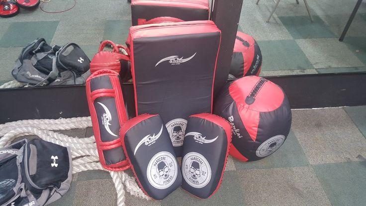 Equipo profesional de MMA  www.bankaiprogear.com