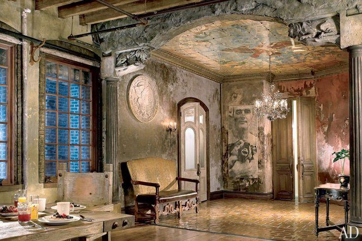 Gerard Butler's New York Loft : Architectural Digest