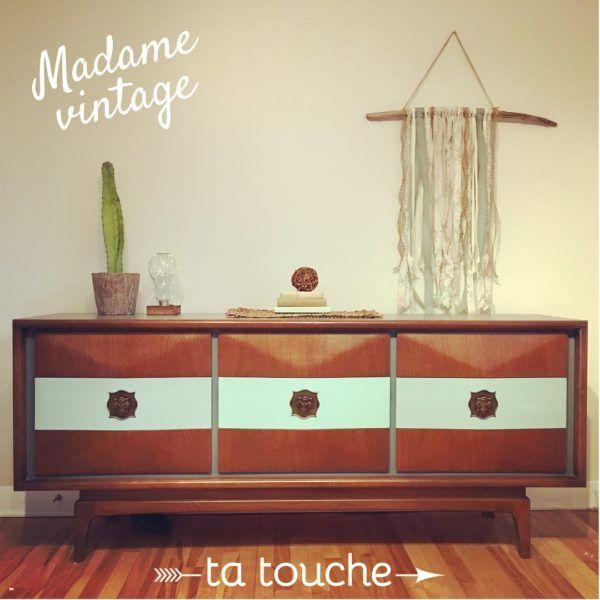 Commode vintage pouvant aussi servir de buffet ou de meuble télé relookée par ta touche - relooking de meubles (atelier situé à Chambly)