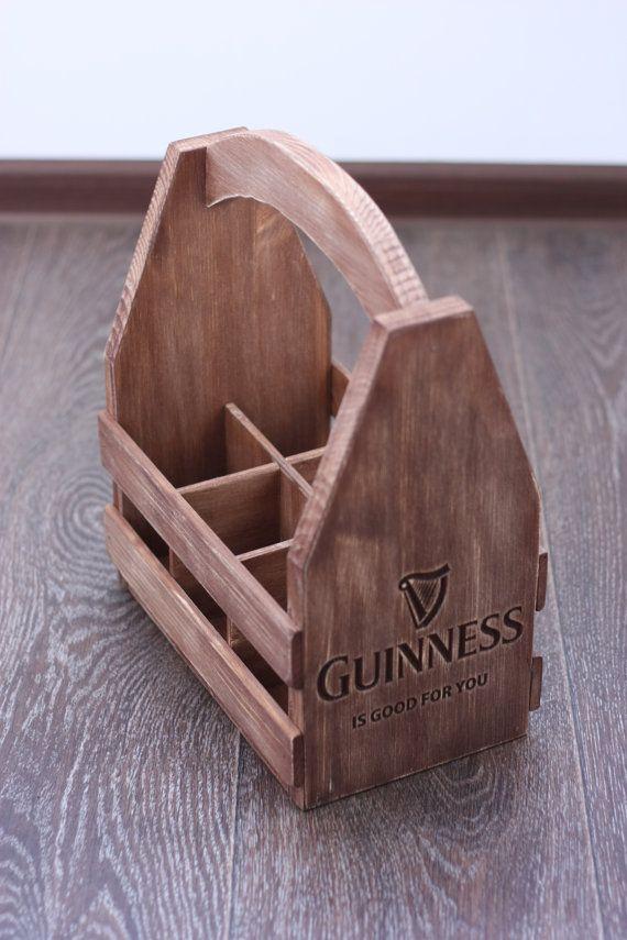 Cadeau personnalisé en bois 6 pack support par GoodWoodGift sur Etsy