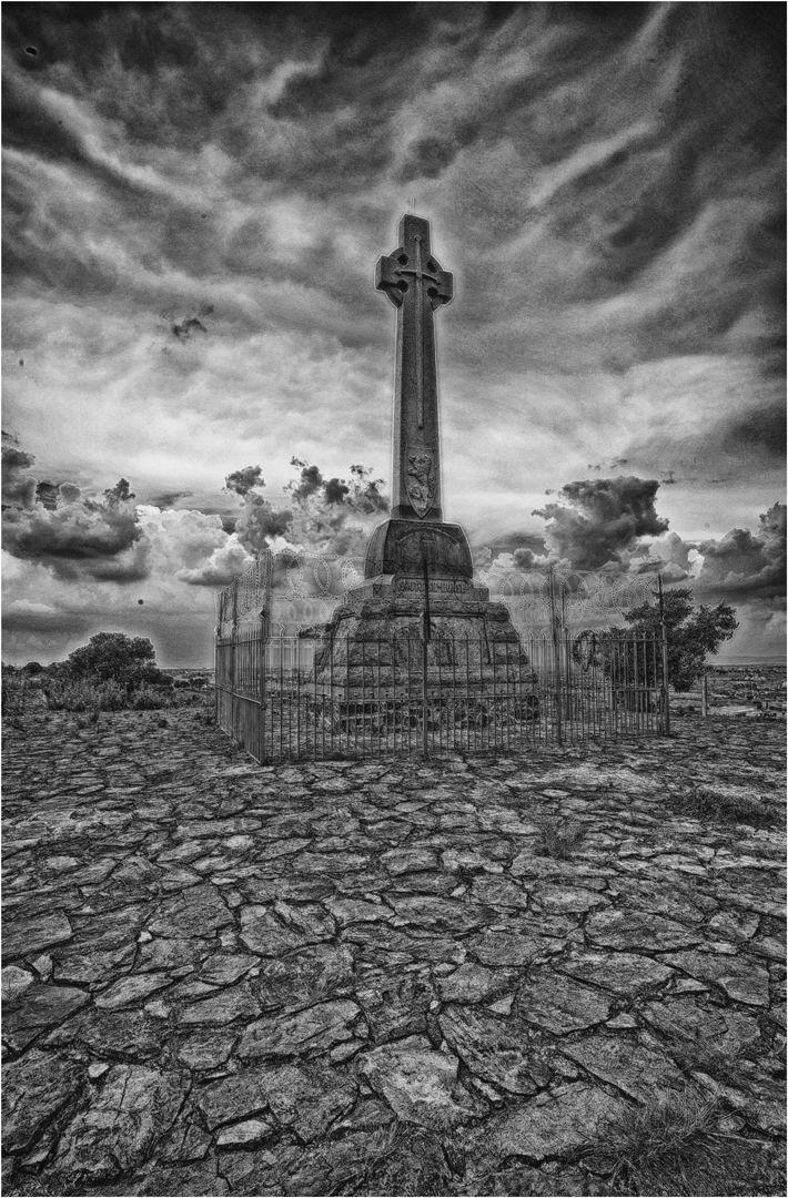Kensington Cross