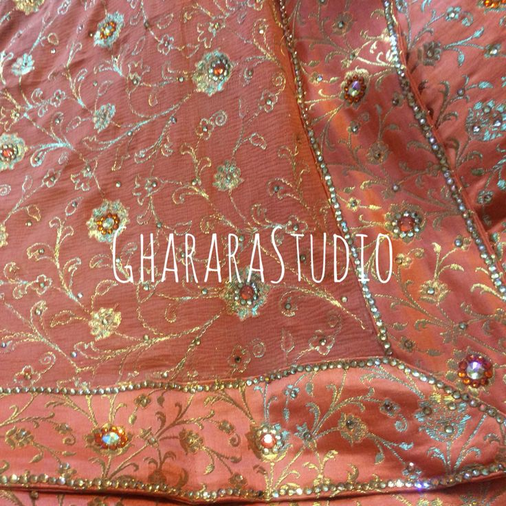 Peach Gharara with jaaldaar dupatta. Order online. Deliver worldwide. #gharara #ghararastudio #ghararastudiobyshazia #ghararaonline #ghararadesigner #peach #peachgharara #elegant #traditional #ethnic #jaaldaar #dupatta #kamkhwab #fashion #fashionable #fashionblog #fashionblogger #fashiondesigner #fashionshow #fashiondiaries #fashiongram #instafashion #picoftheday #peachcolour #orderonline #customised #muslimbride #muslimwedding