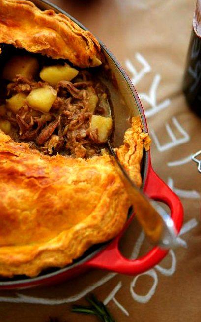TOURTIERE (meat pie) [Quebec, Canada] [Acadia, Acadian Cuisine] [French Canadian Cuisine] [ricardocuisine]