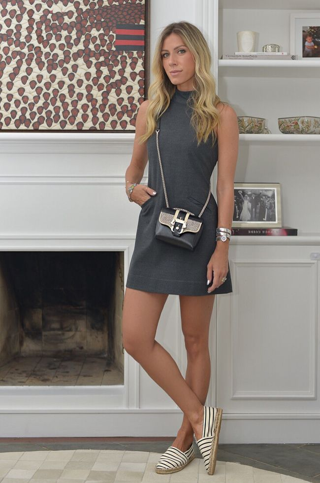 Nati Vozza do Blog de Moda Glam4You usa vestido trapézio e alpargata em seu look.
