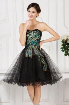 Czarna sukienka na wesele, studniówkę, karnawał