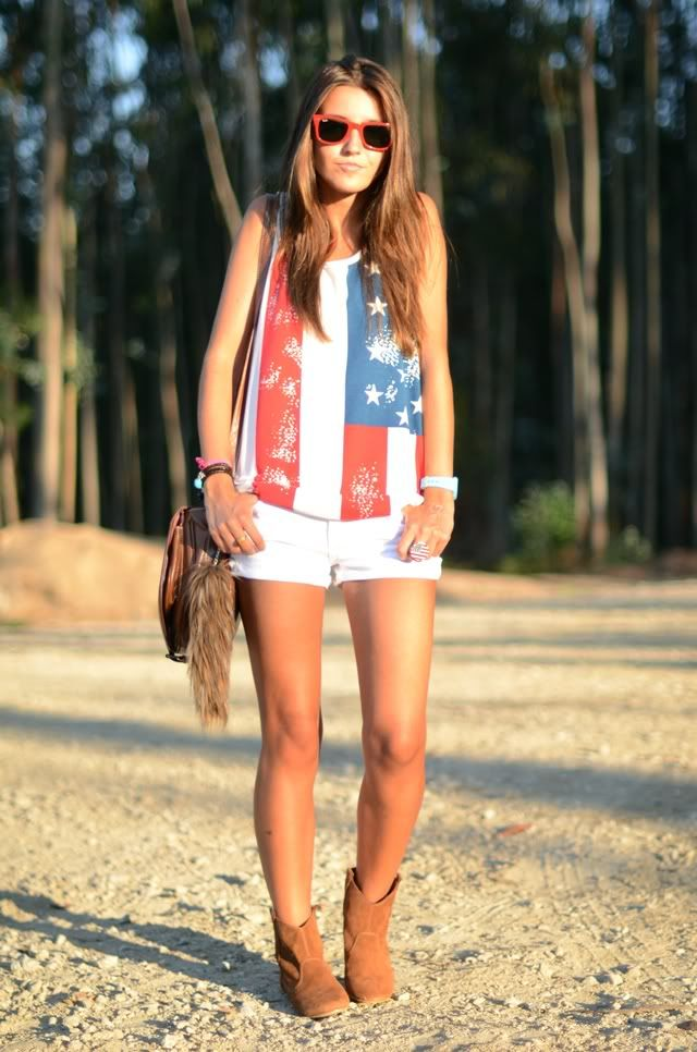 america.: Summer Concerts, July Outfit, American Styles, Americana Summer, American Flags Tanks, American Tanks, Cowboys Boots, Country Festivals Fashion, American Girls