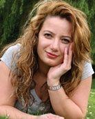 Özlem Keles http://www.kieskleuringroen.nl/de-mensen/rolmodellen/ozlem-keles/#.Um6akJFGudA