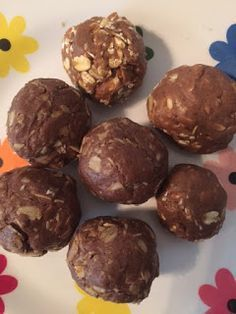 Protein Balls!  Only 4 ingredients, using Arbonne Protein Powder!  Perfect for the 30 day detox!