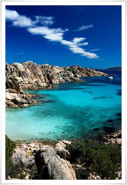 Cala Coticcio, Sardinië - Bekijk onze vakantietips voor Sardinië op http://www.naturescanner.nl/europa/italie/sardinie