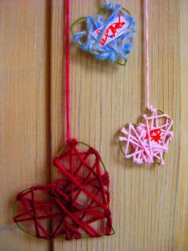 st valentin, coeurs, laine, bricolage, facile, enfants, deco st valentin