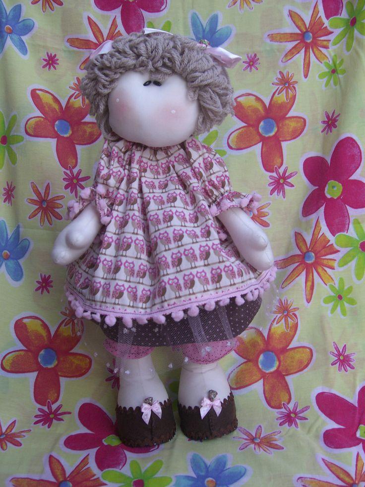 Boneca Russa ,com 45 cm de altura confeccionada em tecido 100% algodão