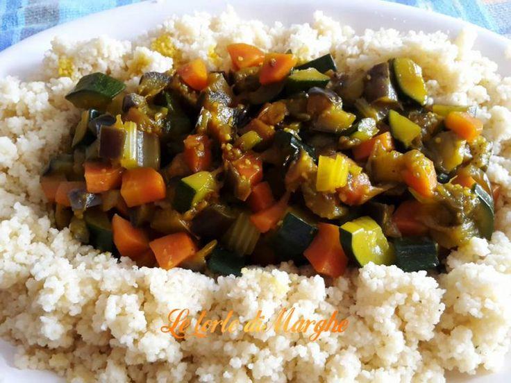 Oggi ecco un piatto molto gustoso, il cous cous al profumo di primavera. Ottimo per questa stagione con verdure fresche e di stagione.....................