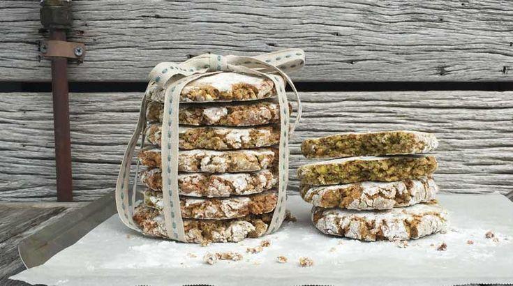 Pistachio & Fennel Amaretti biscuits