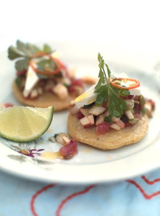 Simple and easy Gorditas http://www.jamieoliver.com/recipes/vegetables-recipes/gorditas-salsa/#oWviSPQ4Y8WoJJgL.97