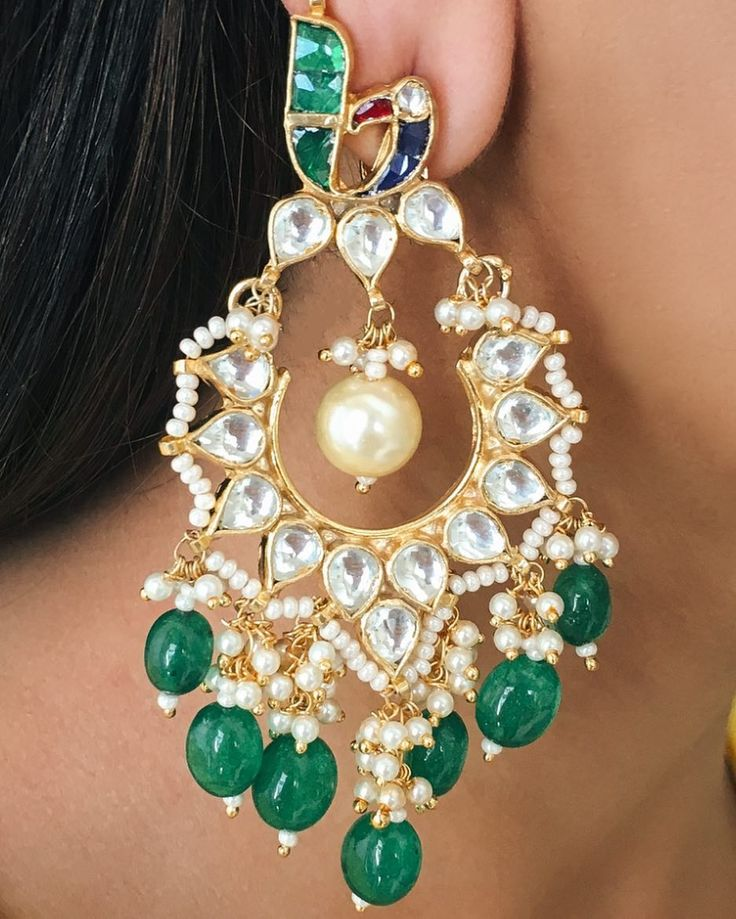 These beautiful #Omana Earrings are perfect with any Indian outfit  . . . . . #Accessory #Womens #Trends #Magic #musthave #Love #Luxury #Bling #Bling #Baubles #Buynow #Dressy #Dressup #Danglers #Fashion #Fashionable #Jewellery #jewelleryphotography #Princess #Prerto