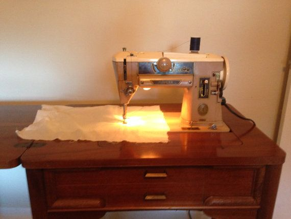 Singer 401A Sewing Machine and Cabinet by WestEndMain on ...