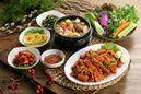 Sweet soy sauce glaze : Korean food - Photodisc/Getty Images