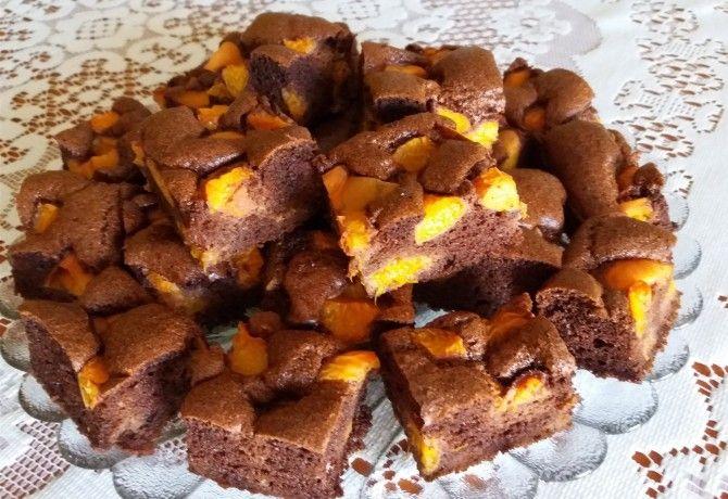 Gluténmentes kakaós-barackos reform sütemény