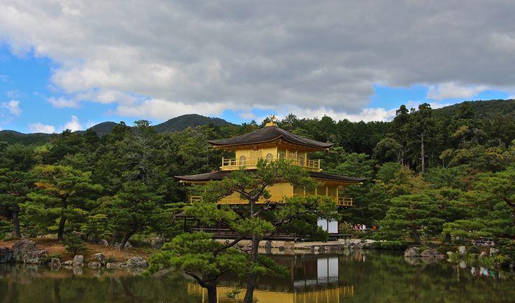 "Kinkaku-ji ""The Golden Pavillion""  Kyoto  this is what makes Kyoto so amazing..."