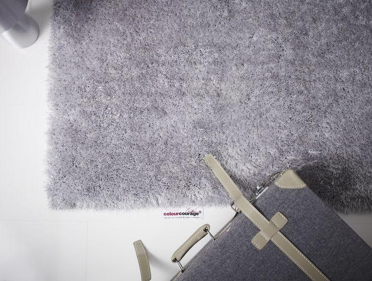 Szary dywan serii colourcourage® do kupienia w sklepie www.decofobia.pl